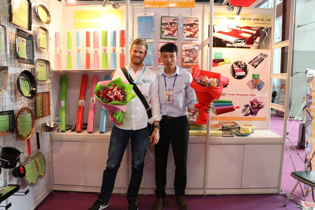rayson nonwoven,ruixin,enviro-Amazing Customers Pay Cash To Order Rayson's New Products At Canton-4