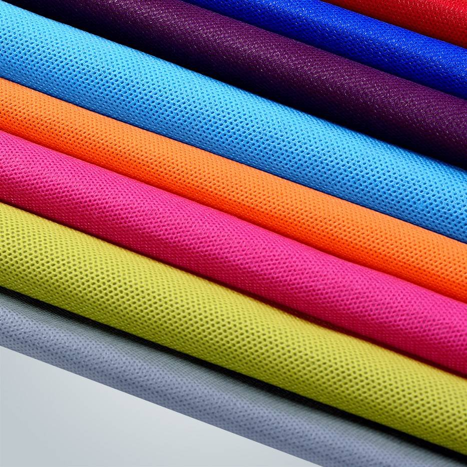 20gsm-150gsm CREAM MAROON  LIGHT BLUE COLORS NONWOVEN