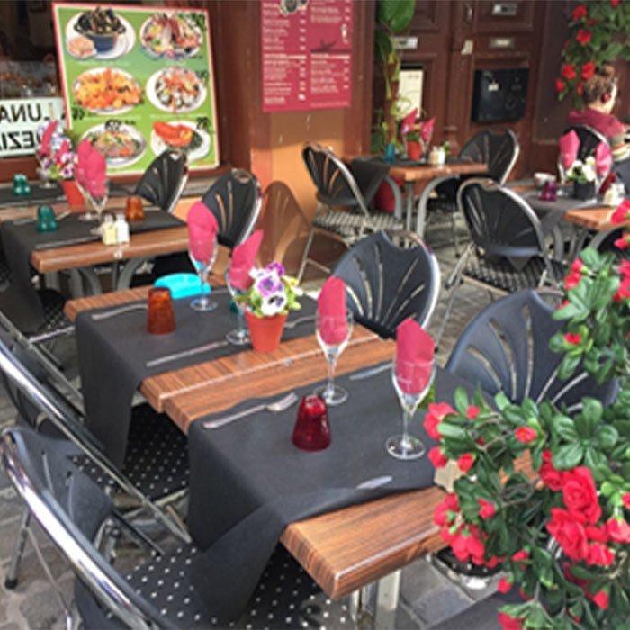 Einweg-Vlies TNT vorgeschnitten Tischläufer für restaurant