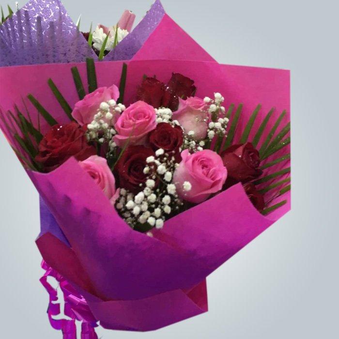 花の包装に使用される不織布の印刷