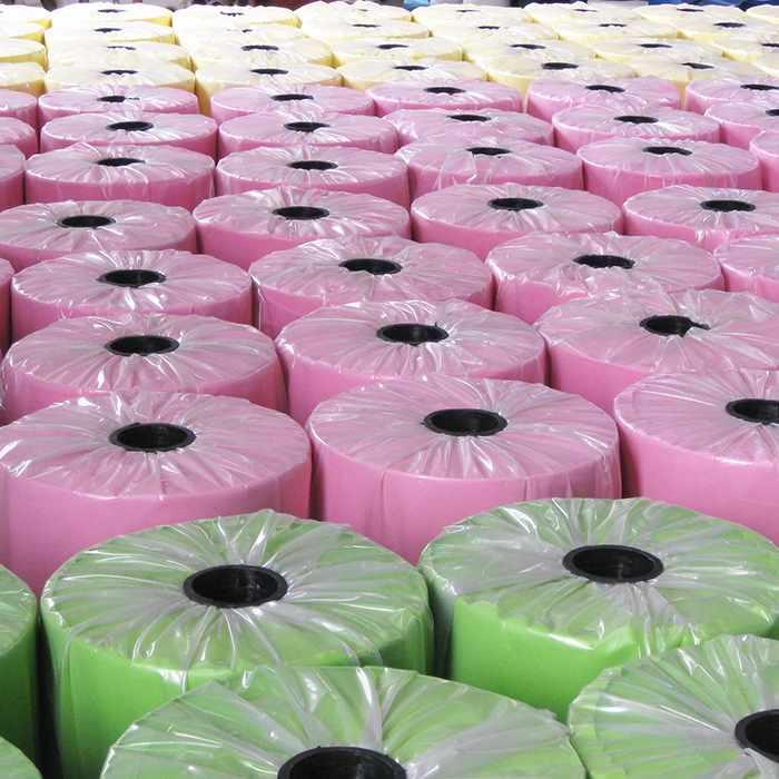 Rouleau de tissu direct usine de pp non tissé pour sacs à provisions