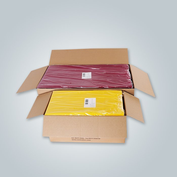Non woven table cloth with small label