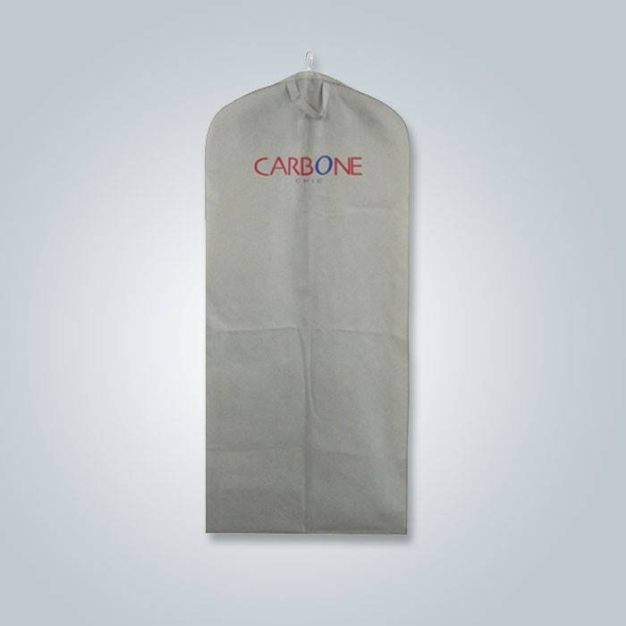 Disposable Eco-friendly  100% Polypropylene Non Woven Suit Cover In Fashion Style