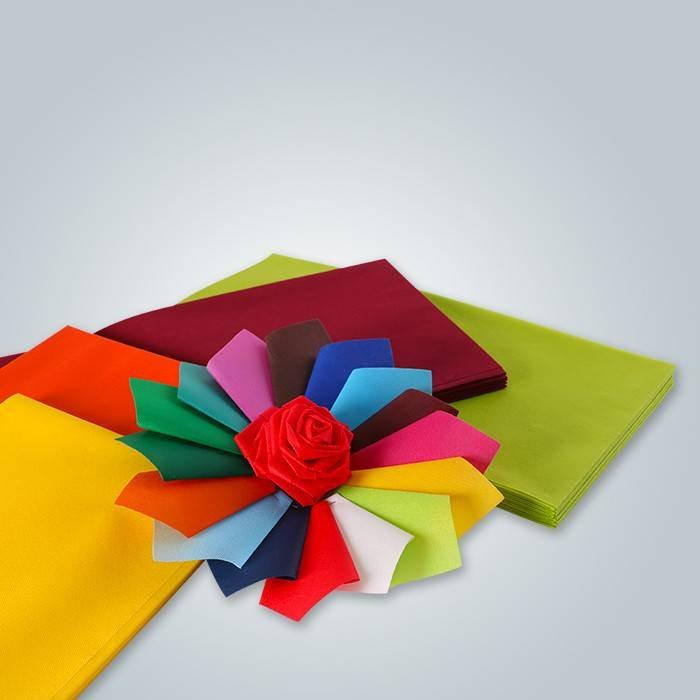 Different color 47gr non woven table cloth