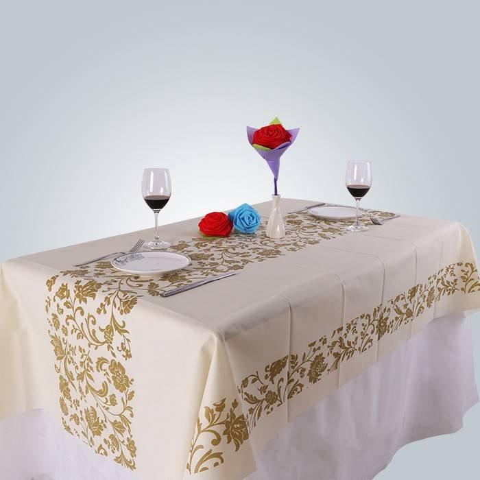 개인화 된 인쇄 패턴이있는 비 직물 식탁보